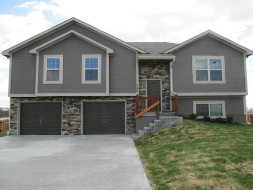 304 Golfview Dr Photo 1