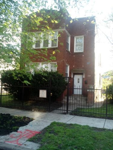 6548 S Eberhart Ave 2 Photo 1