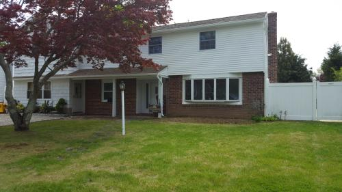 11 Evelyn Dr Photo 1