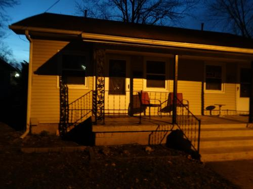 398 Johnson Avenue #APARTMEN 2 Photo 1