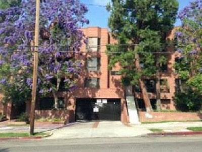 633 S Barrington Avenue #2ND FLOOR Photo 1