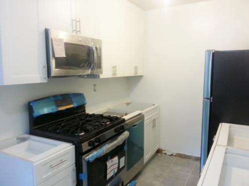 Stainless Steel 2 Br Fully Loaded New To Market... Photo 1