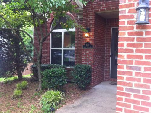 109 Apple Forest Court Photo 1