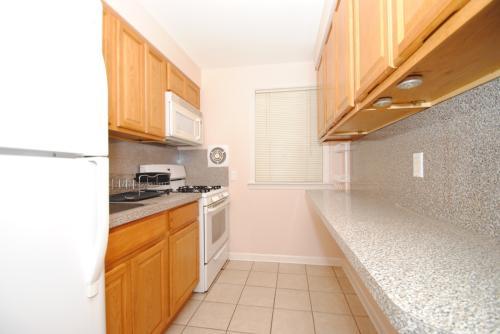 $1,400// Beautiful Cozy renovated 1 Bedroom, 1 ... 1 Photo 1