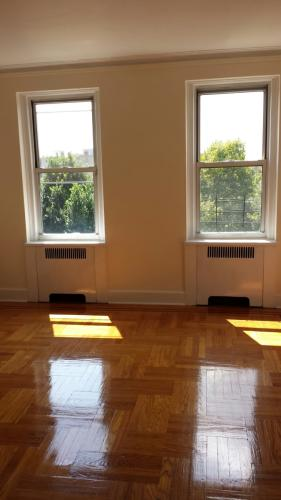 Very Spacious 1br In Prime Location Photo 1