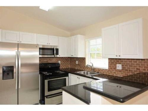 Move In With First Month And Security Deposit I... Photo 1