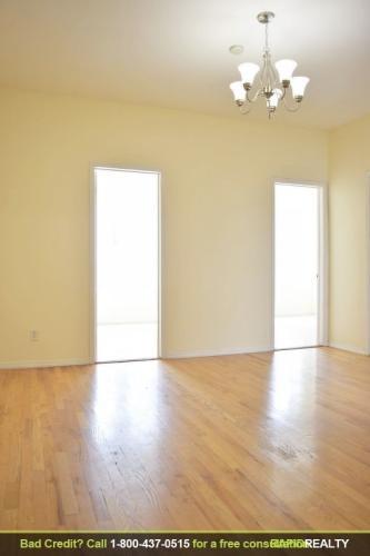 Three Bedroom Apartment Photo 1