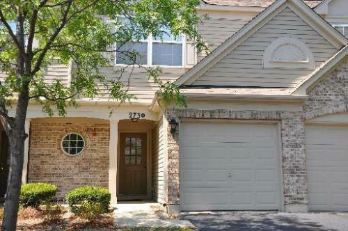 ** Well-Kept Townhome Available Now ** Photo 1