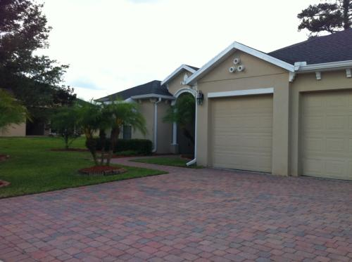 Large home for rent in the Sanctuary - Oviedo! Photo 1