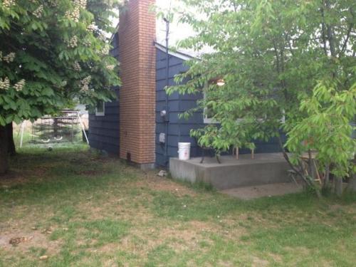 15121 E 16th Ave Photo 1