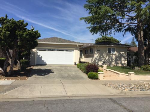 1097 Hunterston Pl HOUSE Photo 1