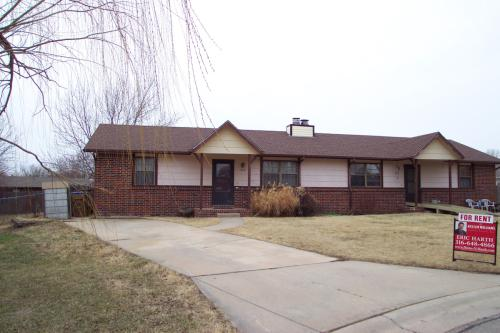 437 Countryside Ct N Photo 1