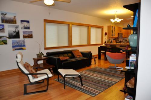 4225 NE Mallory Ave HOUSE Photo 1