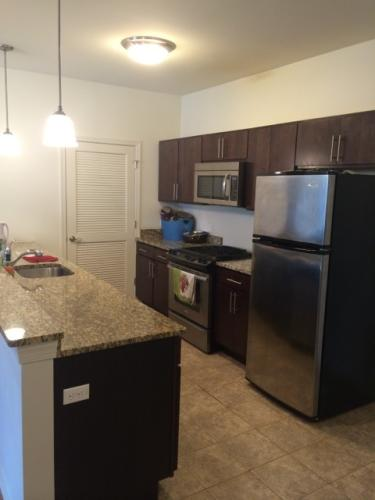 Large 1 Bed Includes Den Space Newer Elevator 5... Photo 1