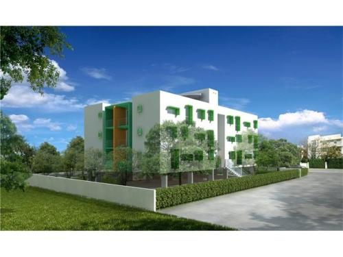 Luxury College Student House Located Directly A... Photo 1