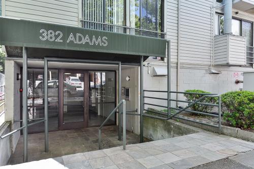 382 Adams St 201 Photo 1