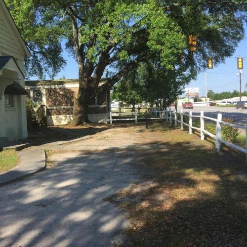 2035 Augusta Road Photo 1