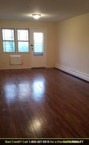 Spacious 1br___Hardwood floors___Heat and hot w... 3A Photo 1
