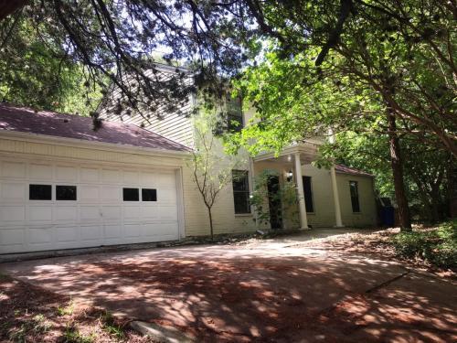 2705 Princeton Drive Photo 1