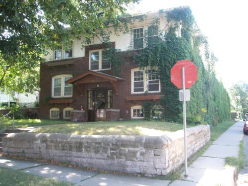 1696 Ashland Avenue #3 Photo 1