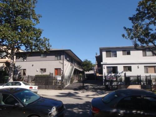 7539 Norton Avenue Photo 1