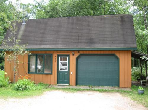 9761 Blue Lake Road Photo 1
