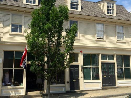 34 Franklin Street #2 EAST Photo 1