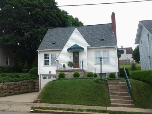 Cottage Hill Avenue Photo 1