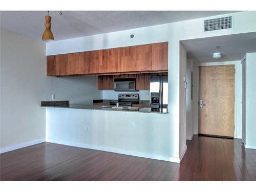 1200 Brickell Bay Drive 3120 Photo 1