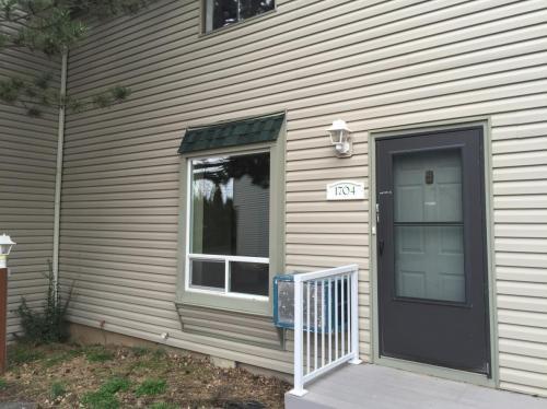 1704 NW Lamont Street Photo 1