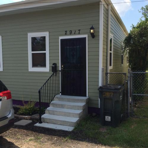 2917 Saint Thomas Street Photo 1