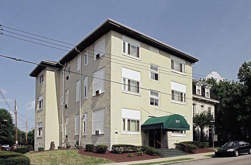 507 Shady Avenue Photo 1