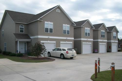 2100 Mayberry Loop Road #D Photo 1