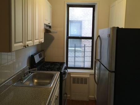 3 bed, $2,200 Photo 1
