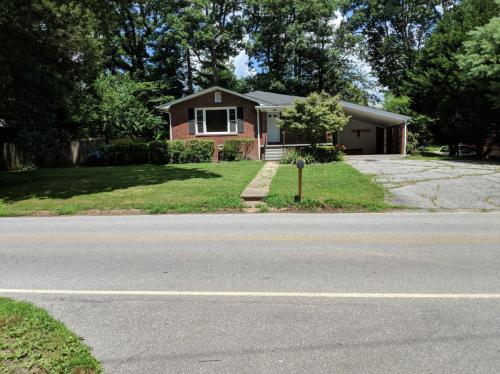 913 W Blue Ridge Road Photo 1