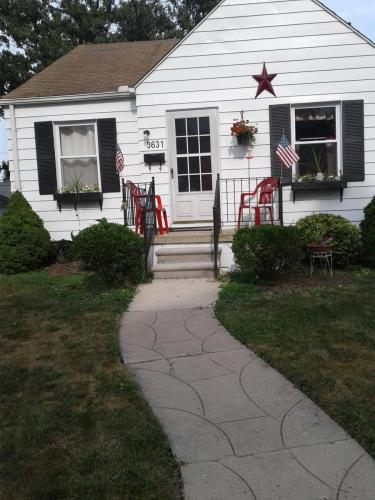 3631 Campbell Street Photo 1