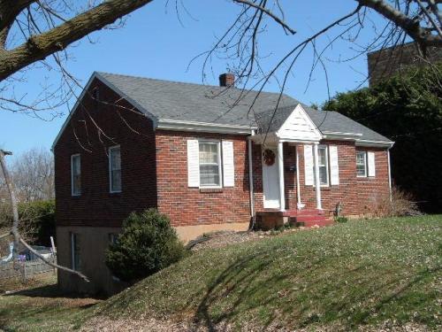 1124 Chestnut Hill Drive Photo 1