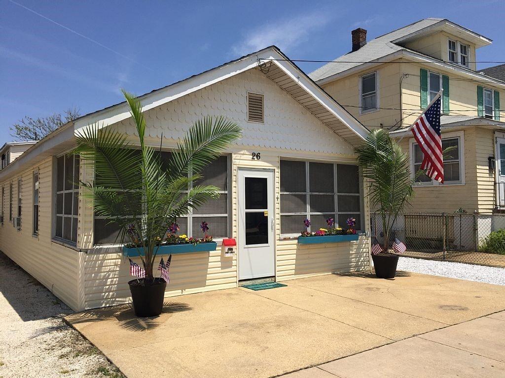 Miraculous Farragut Avenue Seaside Park Nj 08752 Hotpads Home Remodeling Inspirations Cosmcuboardxyz