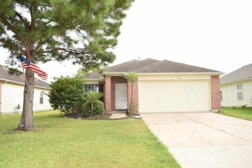 7607 Thicket Trace Court Photo 1