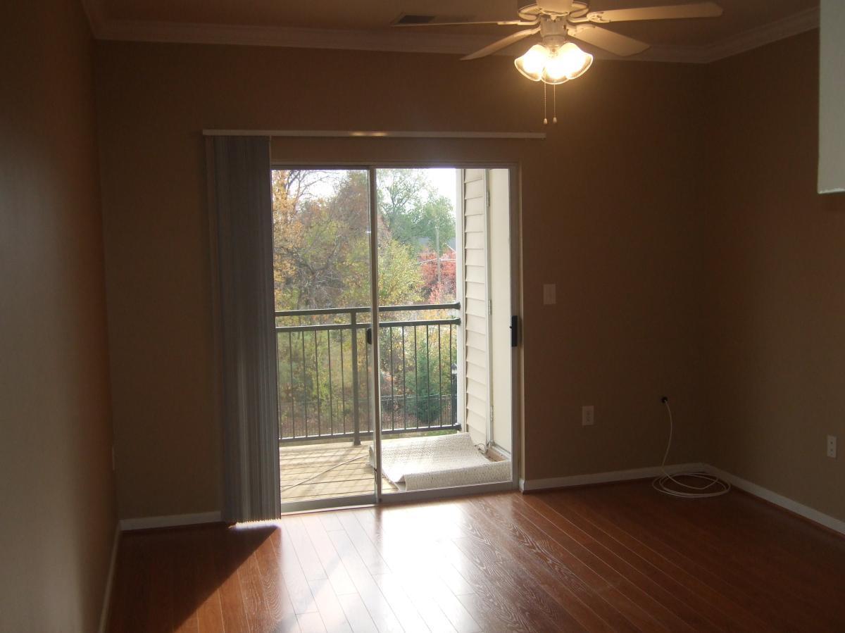 12124 Garden Ridge Lane Apt 404, Fairfax, VA 22030 | HotPads