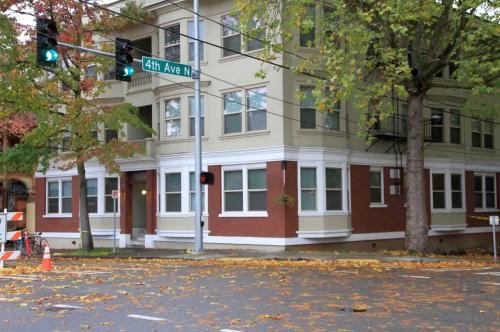403 Roy Street #5 Photo 1