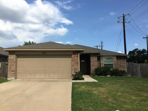 1712 Bob Drive #RESIDENTIAL Photo 1