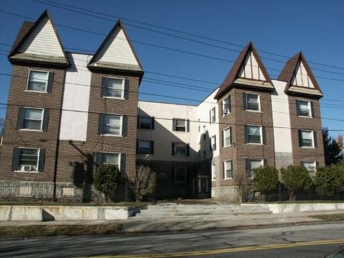 12 Beechwood Avenue Photo 1