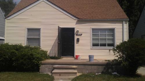 8426 Fielding Street Photo 1