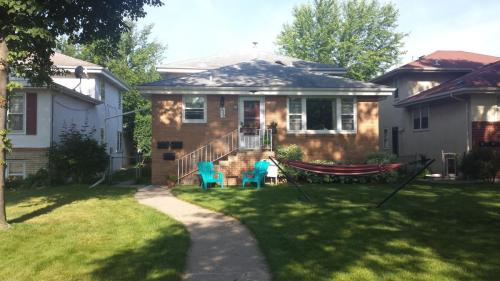5752 Russell Avenue #1 Photo 1