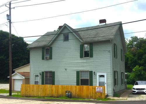 11960 Railroad Street Photo 1