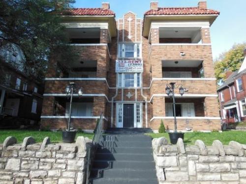 524 Benton Boulevard #15 Photo 1