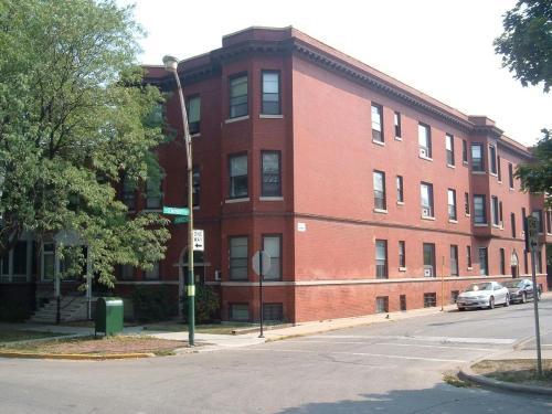 1053 W Grace Street Photo 1