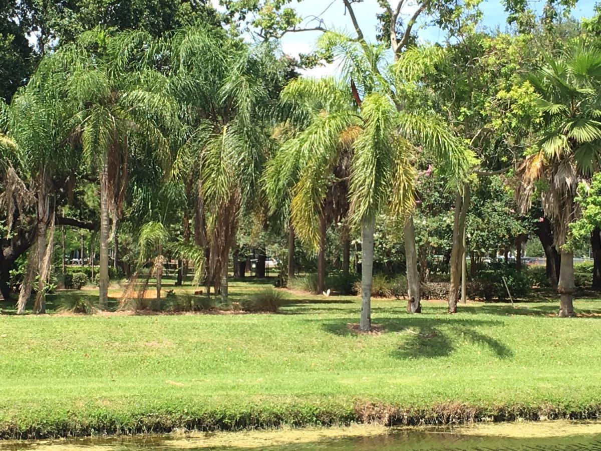 14124 Golfers Drive, Palm Beach Gardens, FL 33410 | HotPads