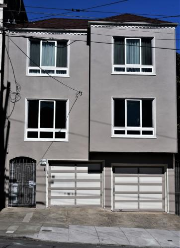 4924 Anza Street Photo 1